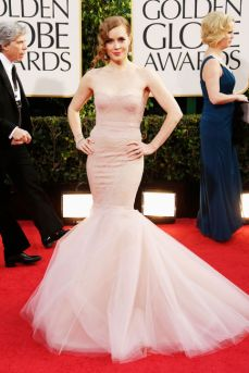 I adored this faded pink mermaid gown on Amy Adams